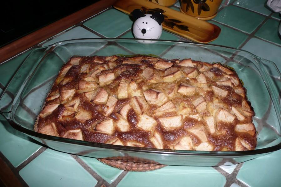Gâteau facile aux pommes et à l'ananas