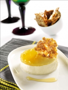 Entremet Reblochon miel et tuile de noix