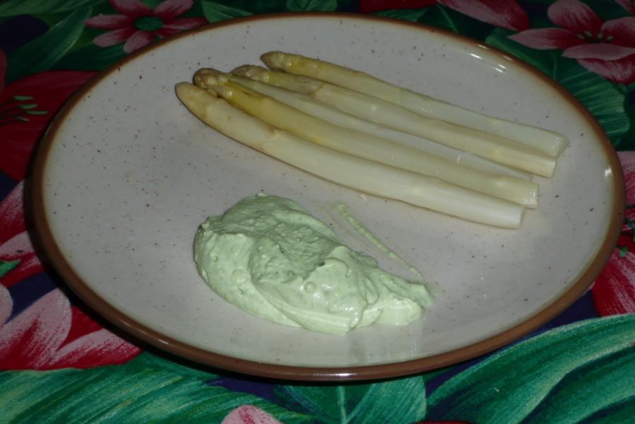 Sauce verte pour asperges blanches