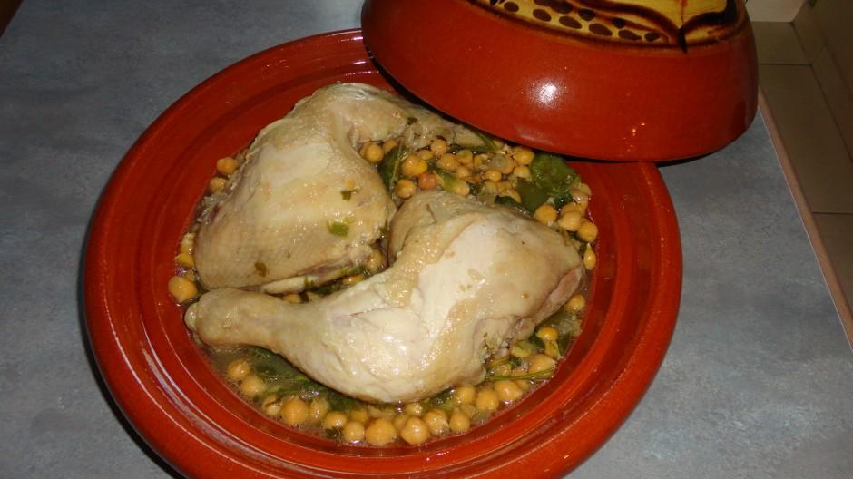 Tajine de poulet aux pois chiches