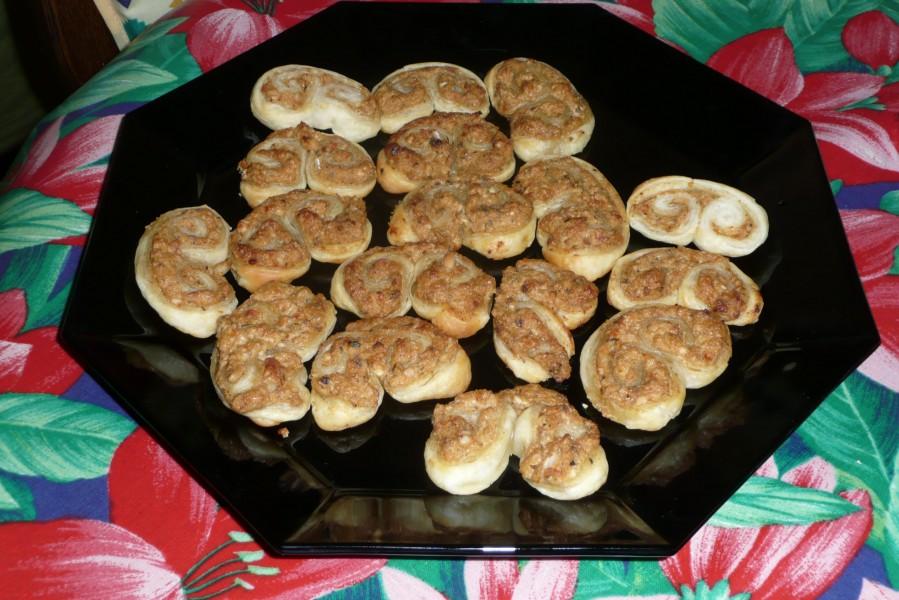 Biscuits apéro à la tapenade tomates/fêta