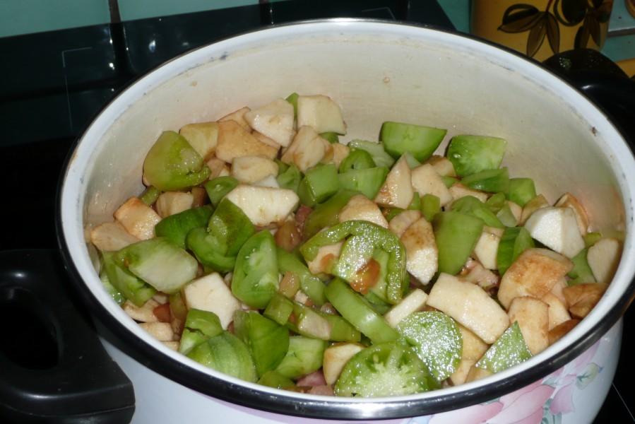 Chutney de tomates vertes aux épices