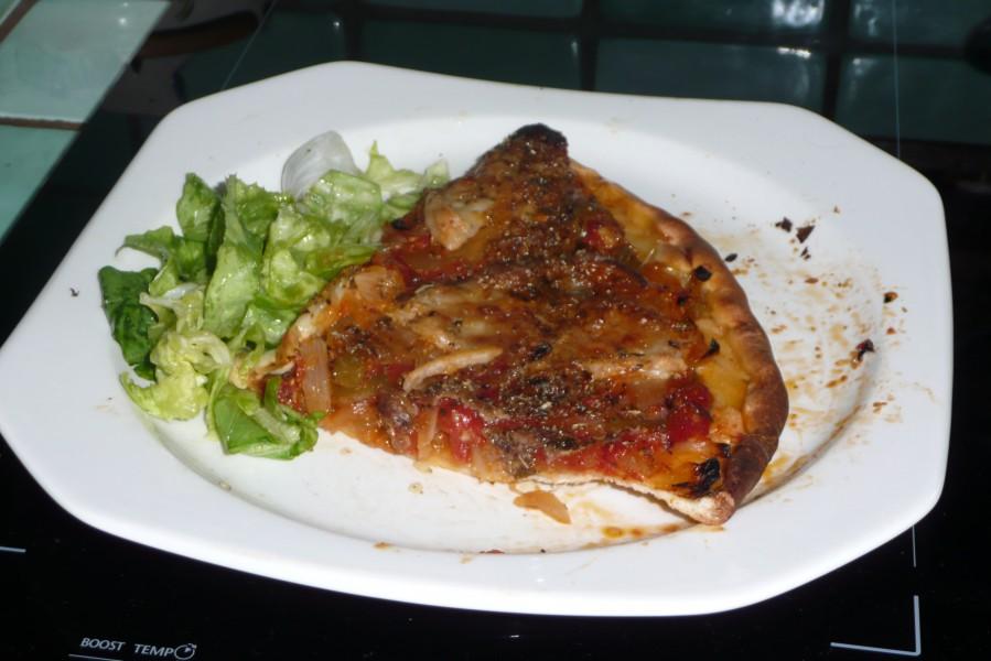 Pizza tomates oignons