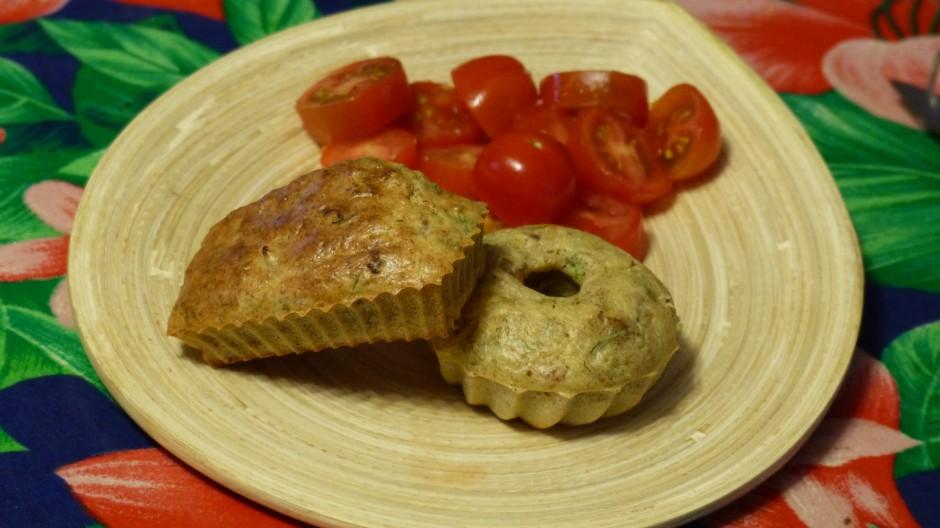 Mini cakes au thon et aux olives noires