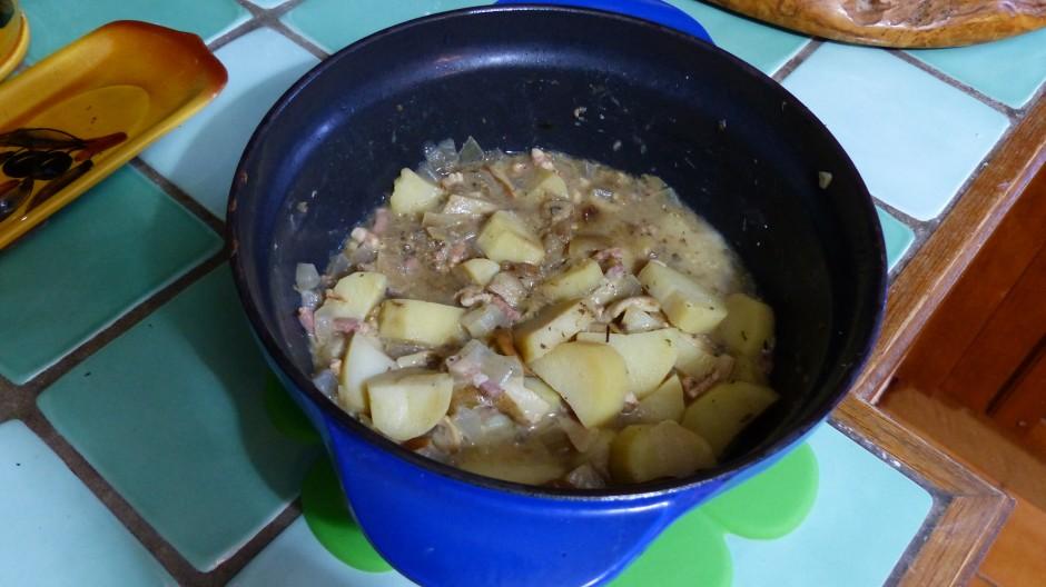Cocotte de pommes de terre aux cèpes