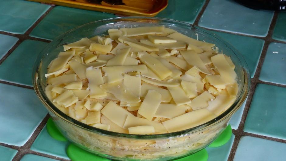 Gratin de pommes de terre aux trois fromages savoyards