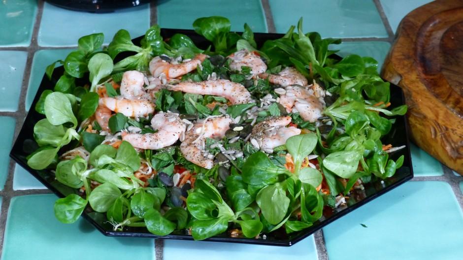 Salade composée au céleri rave et aux crevettes