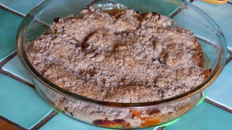 Crumble aux abricots et aux amandes
