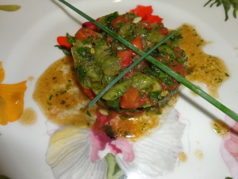 Tartare aux tomates et basilic