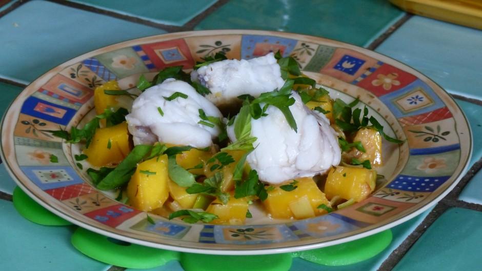 Lotte à la mangue et aux poireaux