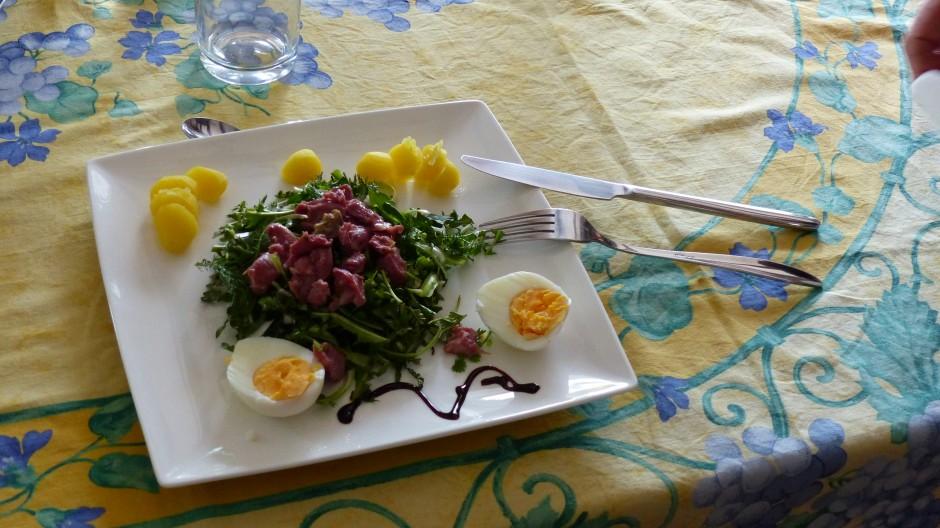Salade sauvage aux gésiers confits