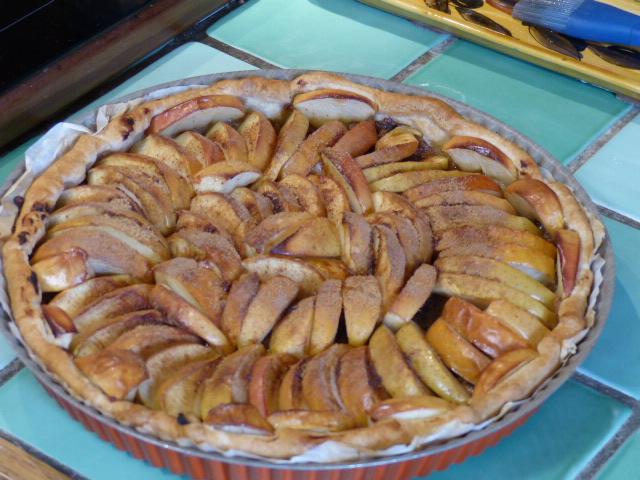 Tarte aux pommes et aux pruneaux