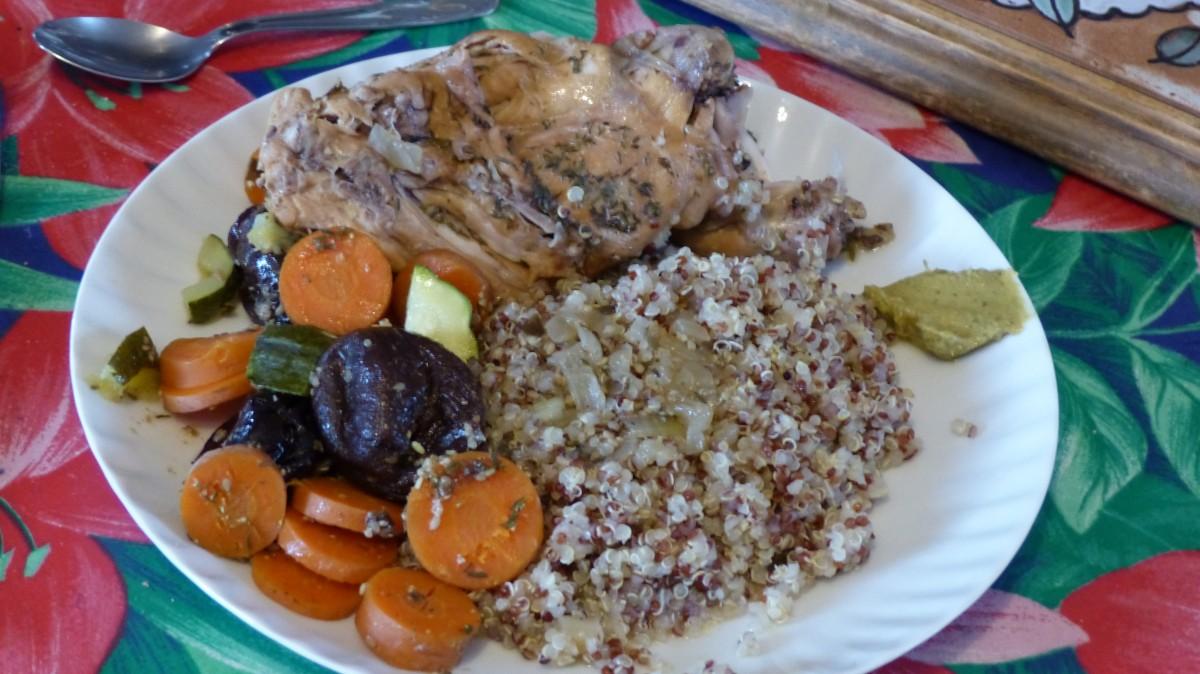 Cuisses de lapin aux carottes et aux pruneaux